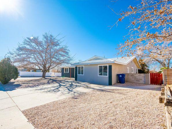 801 La Charles Dr NE, Albuquerque, NM 87123