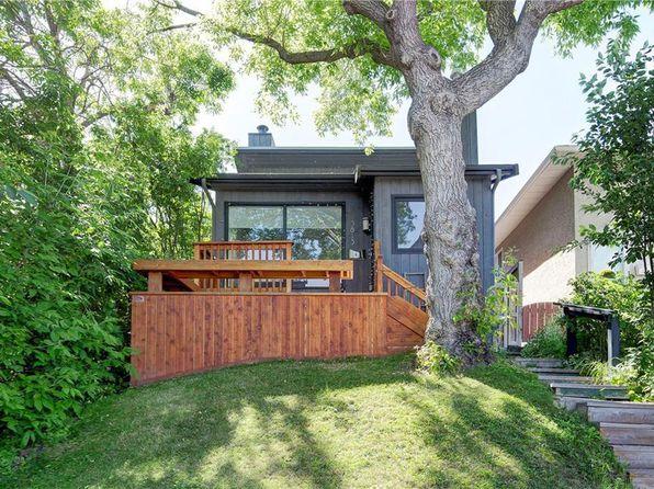 3813 Parkhill St SW, Calgary, AB T2S 2Z5