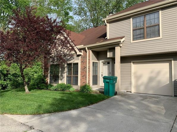 8001 Valley Farms Ln, Indianapolis, IN 46214