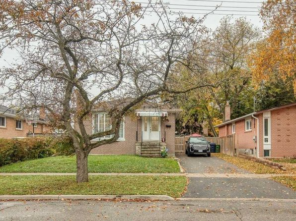22 Brightview Cres, Toronto, ON M1E 3Y7