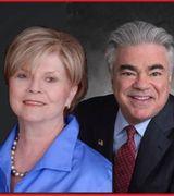 Barbara Gruska, Tom Abella, Agent in Livingston, NJ