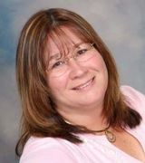 Lisa Hubbard, Real Estate Pro in SHELBYVILLE, IN