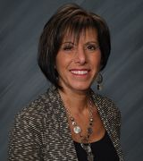 Maggie Gillis, Real Estate Pro in Racine, WI