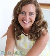 Gina Larson, Real Estate Agent in Bloomington, MN