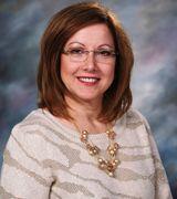 Sandie McPadden, Agent in Omaha, NE