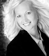 Pamela Keczmer, Agent in Moon, PA