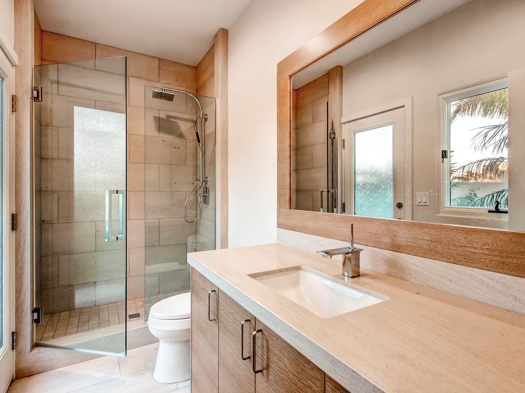 contemporary 3 4 bathroom with high ceiling rain shower