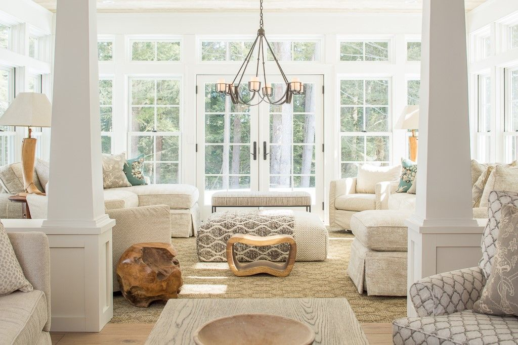Cottage living room with carpet by nicola manganello for Columns in living room ideas