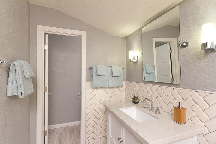 Http Www Zillow Com Digs Traditional Full Bathrooms 6299542931