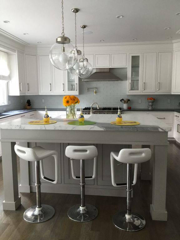 Kitchen With Pendant Light By D2 Interieurs Zillow Digs