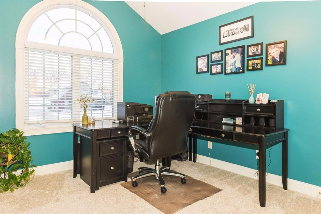 Traditional Home Office In Florence KY Zillow Digs