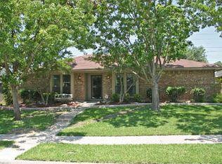 2505 Lawnview Dr , Carrollton TX