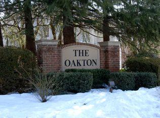 10098 Oakton Terrace Rd , Oakton VA