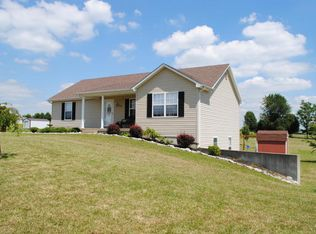 542 Webb Ln , Taylorsville KY