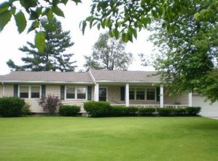 70959 County Road 11 , Nappanee IN