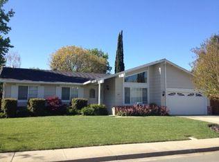401 Wright Ct , Clayton CA