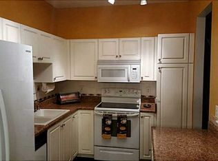 Http Www Zillow Com Digs Traditional Kitchens 8073409461