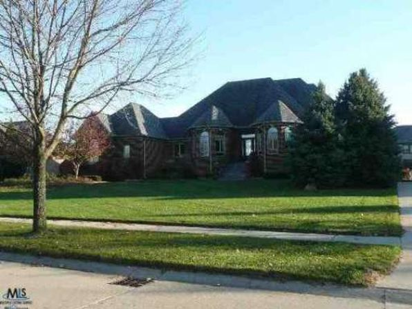 11469 Langsley Dr Shelby Township MI 48315