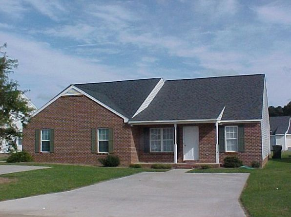 3725 lear ct nw wilson nc 27896 zillow for Bath remodel wilson nc