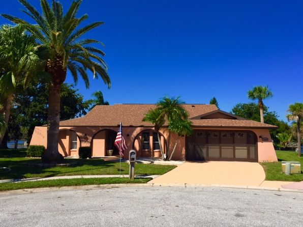 holiday fl waterfront homes for sale 45 homes zillow