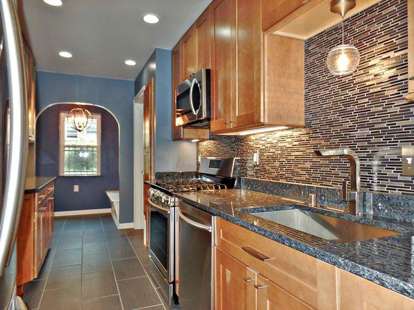 Homes For Sale Lower East Side Milwaukee