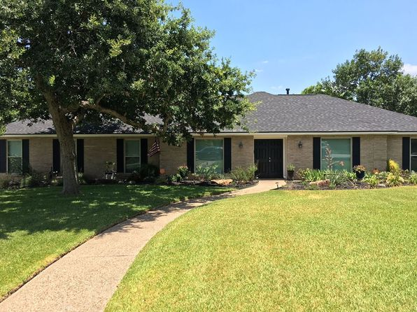 Woodway real estate woodway tx homes for sale zillow for 1029 arlington oaks terrace