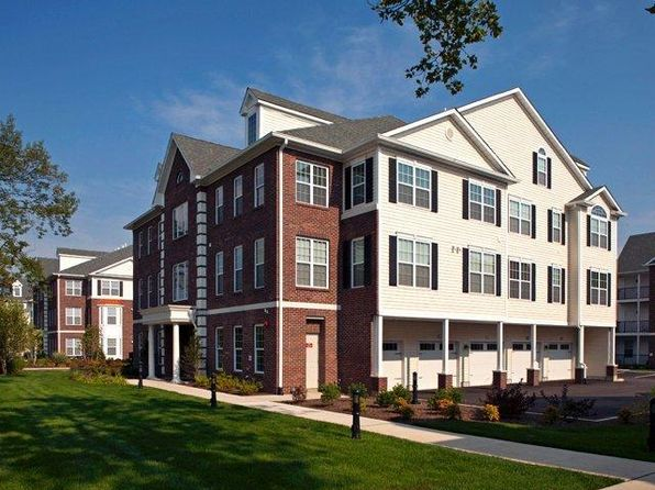 Apartment For Rent In Uniondale