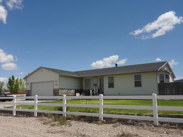 4432 n old scout trl enoch ut 84721 mls 73591 zillow