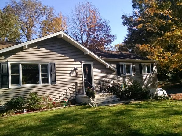 24 bates farm rd ridgefield ct 06877 mls 99134835 for 7 ridgeway terrace ridgefield ct