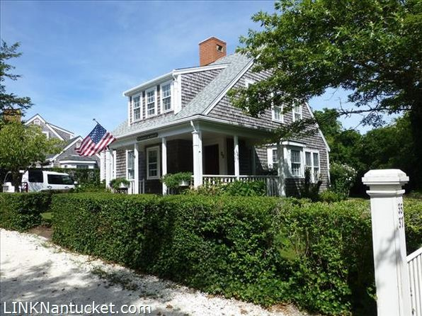 Covered porch town of nantucket real estate town of for Houses for sale on nantucket