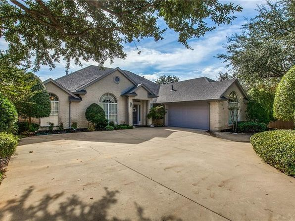 bedford real estate bedford tx homes for sale zillow