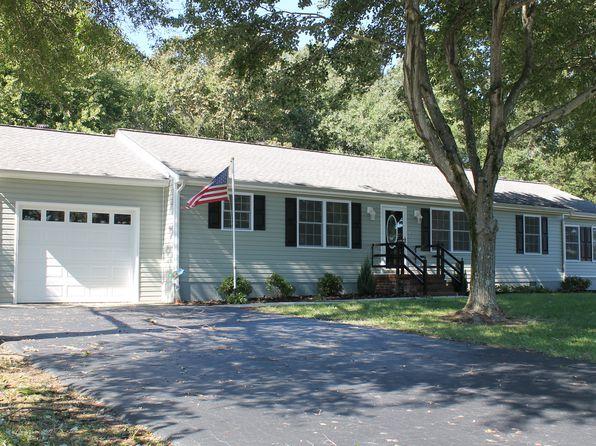 Attached Garage Sutherland Real Estate Sutherland Va