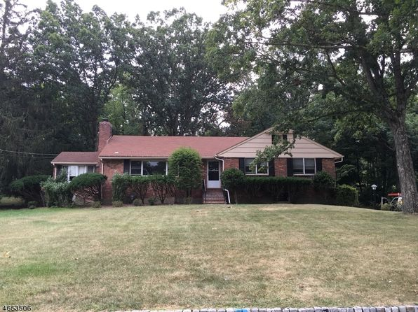 17 deer trail rd north caldwell nj 07006 zillow for 15 brookside terrace north caldwell nj