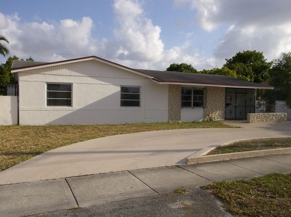 Rental listings in miami gardens fl 76 rentals zillow - Houses for rent in miami gardens section 8 ...