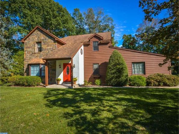 Stone colonial style telford real estate telford pa for Colonial style homes for sale