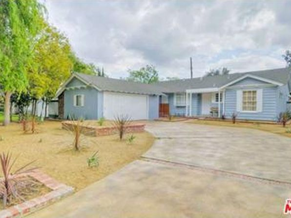 Swimming pool canoga park real estate canoga park los for Los angeles homes for sale with pool