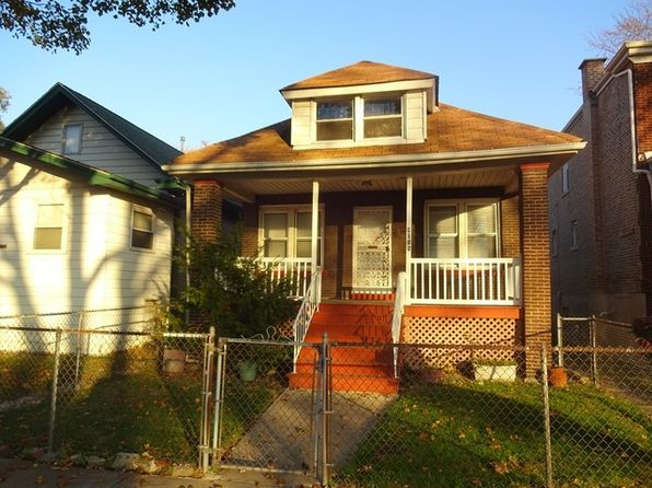 houses for rent in chicago il 1 004 homes zillow