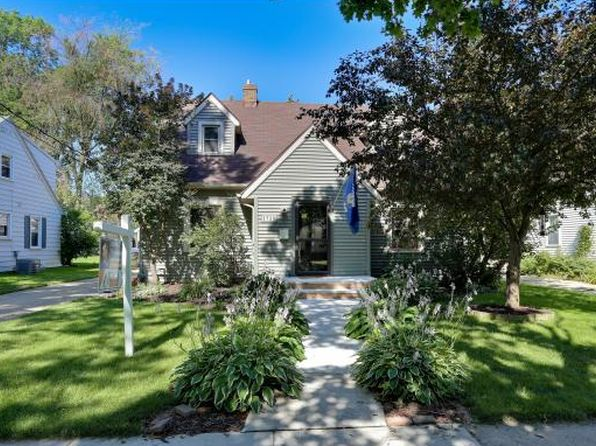 Cape cod style appleton real estate appleton wi homes for Cape cod style houses for sale