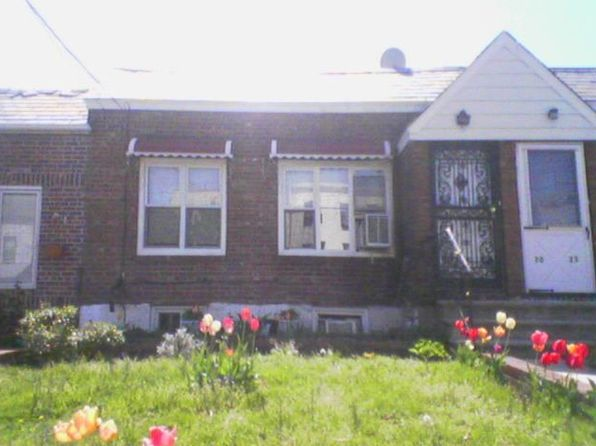 2020 43rd st long island city ny 11105 zillow for Zillow long island city