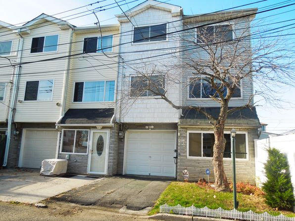 House For Sale Staten Island  Barry Ct