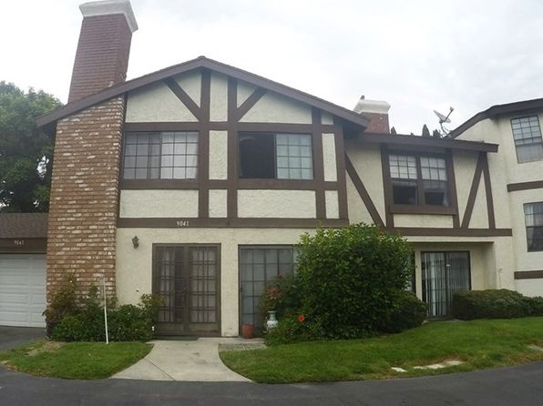 2 Story Townhouse 92840 Real Estate 92840 Homes For Sale Zillow