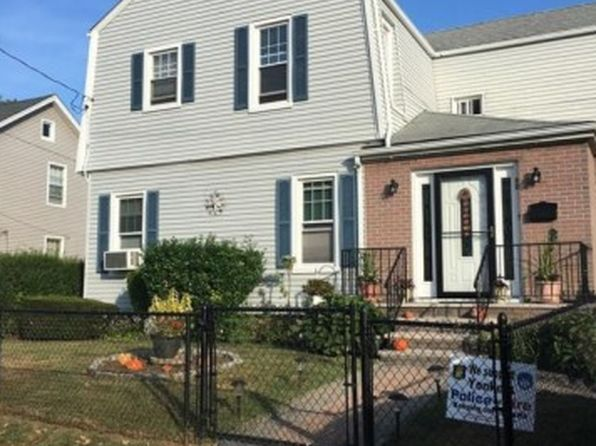 Oversized deck yonkers real estate yonkers ny homes for 19 autumn terrace alpine nj