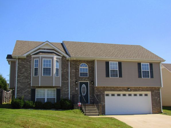 Split level 37040 real estate 37040 homes for sale for Target clarksville tn