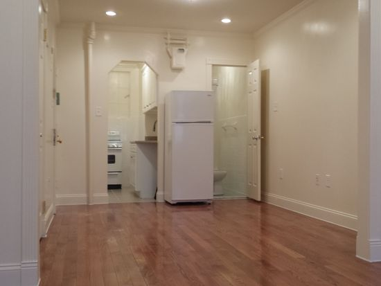 235 w 19th st new york ny 10011 apartments for rent for 111 8th ave 7th floor new york ny 10011