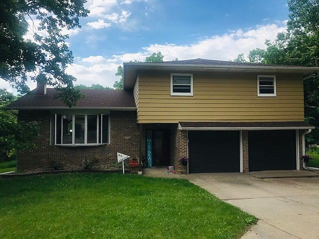 225 Russell Rd Yankton Sd 57078 Zillow