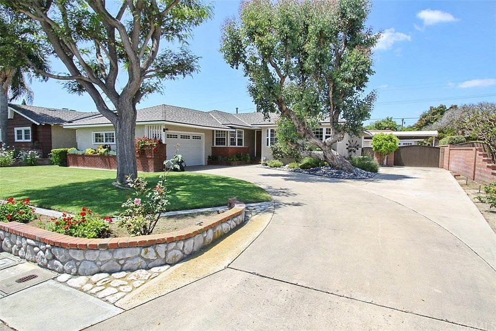 12421 Lee Ln Garden Grove Ca 92840 Zillow