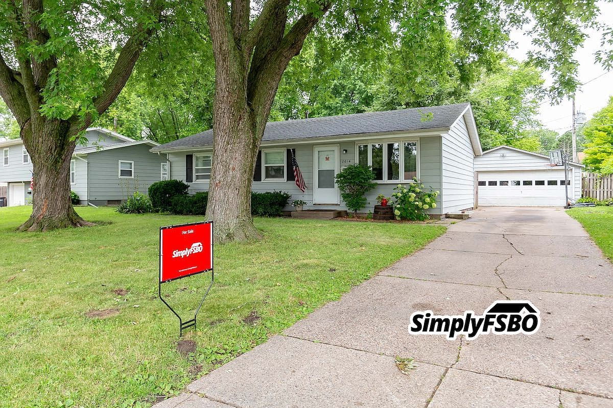 2614 Cypress Dr Bettendorf Ia 52722 Zillow
