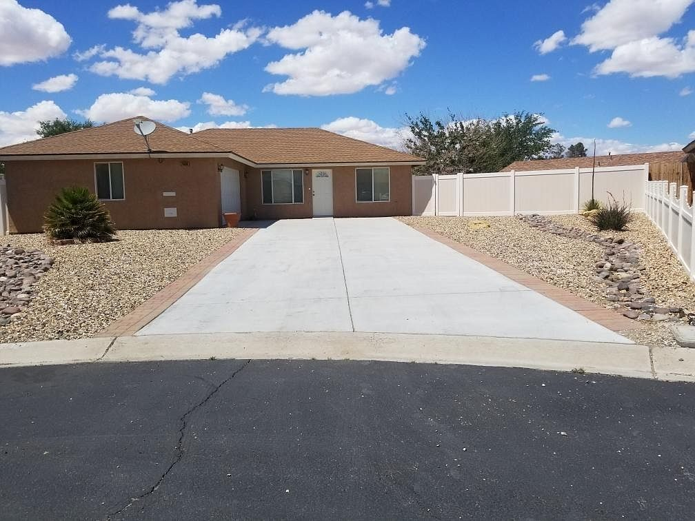 24990 Paseo Robles Barstow Ca 92311 Zillow