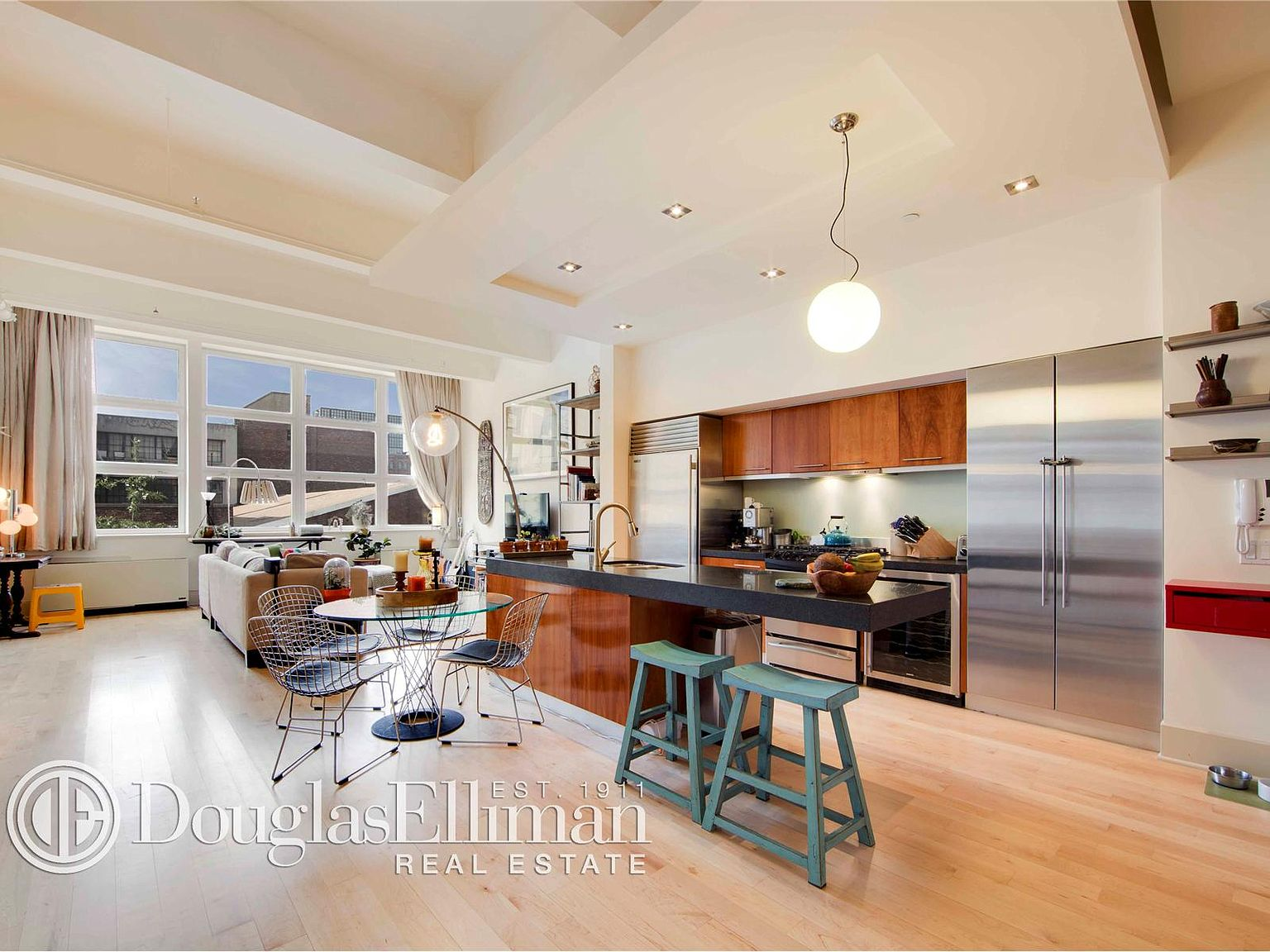 55 Berry St Apt 2a Brooklyn Ny 11249 Zillow