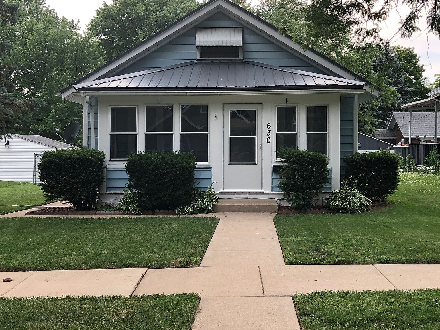 630 Rome Ave Rockford Il 61107 Zillow